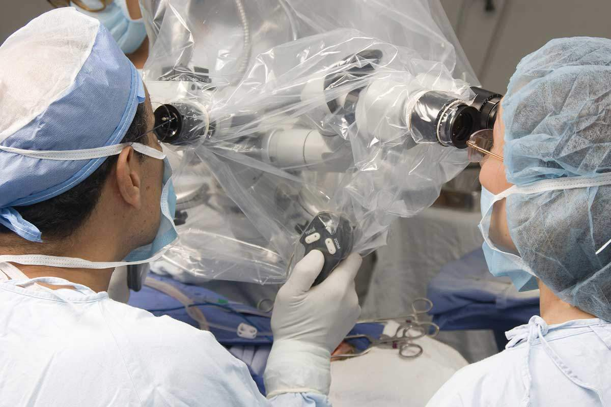 Microcirugía - Dr Marco Romeo